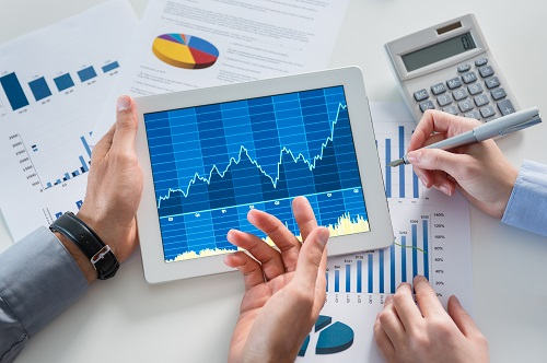 How to Get the Most Out of Embedded Analytics To Help Your Finance Department