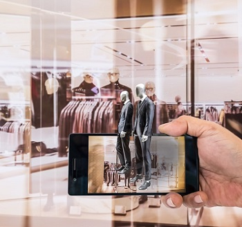 What Technology Innovations Can Retailers Use to Keep Their Customers?